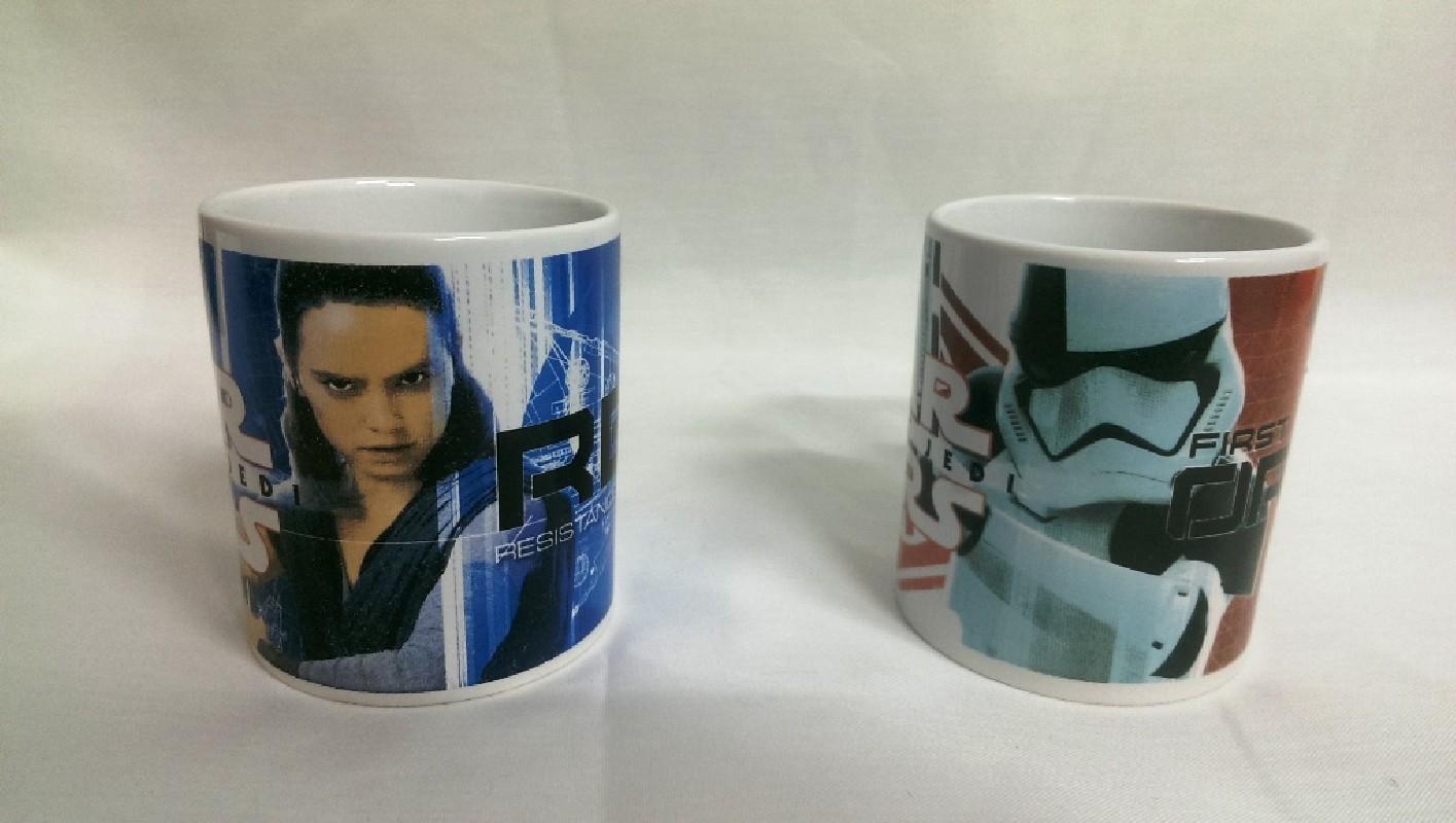 Porcelánový hrnek Star Wars / VĚCI Z FILMU