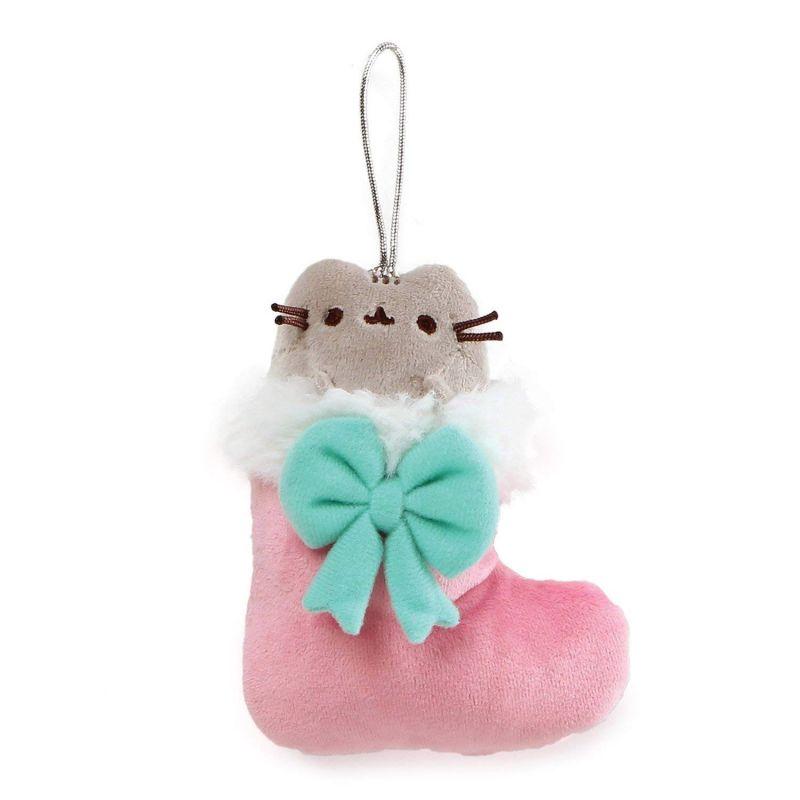 Plyšová kočička Pusheen v ponožce s mašlí 12 cm