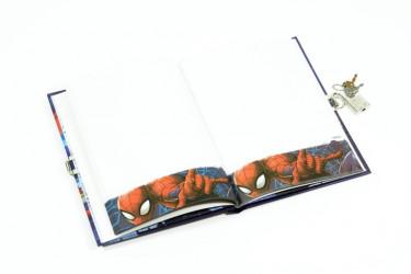 Památník se zámkem Spiderman / vecizfilmu