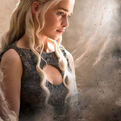 Plakát Hra O Trůny / Game Of Thrones  61 X 91,5 Cm Daenarys